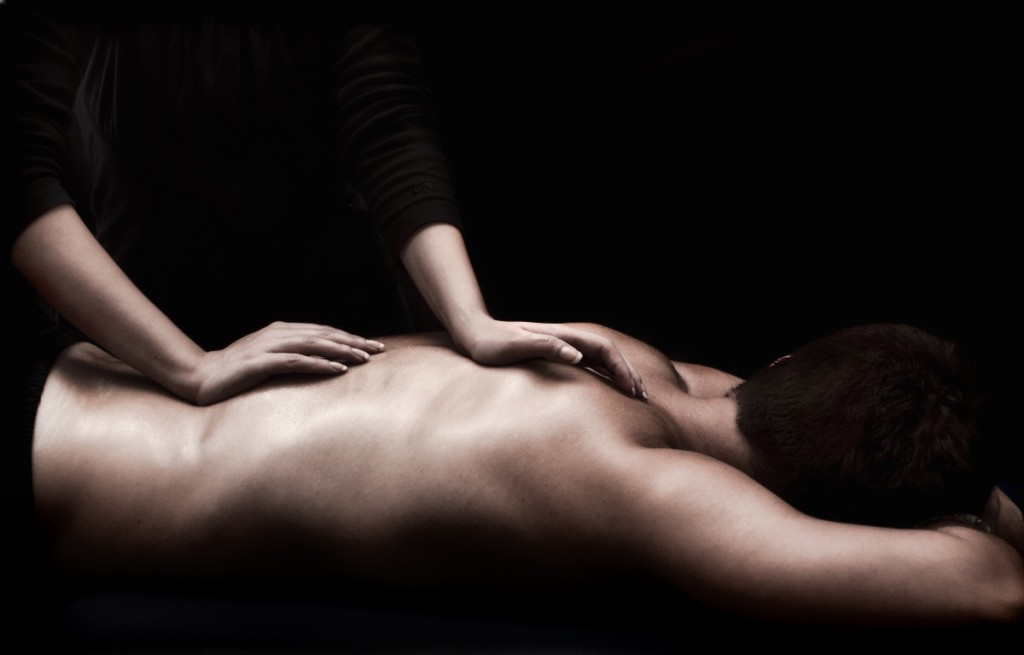 Back massage jerry kadavil Personal Trainer Training Winterthur Zürich Golf Pilates Yoga Crossfit Massage